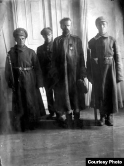 Унгерн под стражей в Иркутске 1921 год