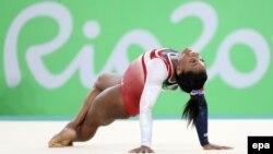 Raporti sekret mjekësor i gjimnastes Simone Biles ka rrjedhur në publik.