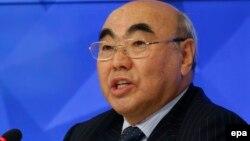Кыргызстандын мурдагы президенти Аскар Акаев.