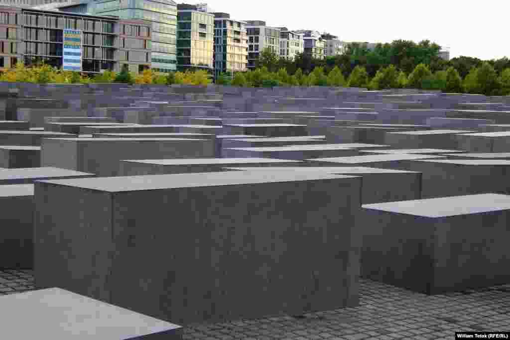 بنای یادبود هولوکاست در آلمان