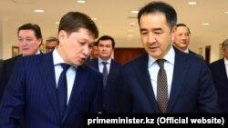 Сапар Исаков жана Бакытжан Сагинтаев