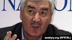 «Азат» жалпыұлттық социал-демократиялық партиясының бас хатшысы Әміржан Қосанов.