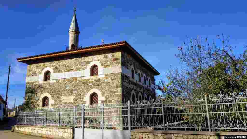 Коккоз-Джами была одной из пяти мечетей села в начале ХХ века