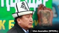 Жогорку Кеңеш төрагасы Асылбек Жээнбеков Курман айт намазында. Бишкек, 26-октябрь, 2012