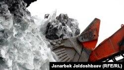 Кумтөр. Мөңгүнүн астынан кен алуу. 23-февраль, 2013-жыл.