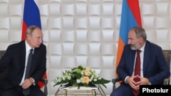 Weakening Armenian Prime Minister Nikol Pashinian (right) may well suit Russian and Vladimir Putin.