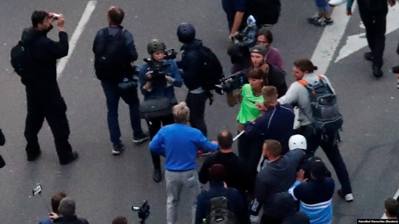 В Германии на акциях протеста задержаны 300 человек