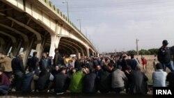 اعتراض شماری از کارگران هپکو در روز دوشنبه