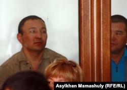 Подсудимые по делу «о беспорядках в Шетпе». Актау, 17 апреля 2012 года.