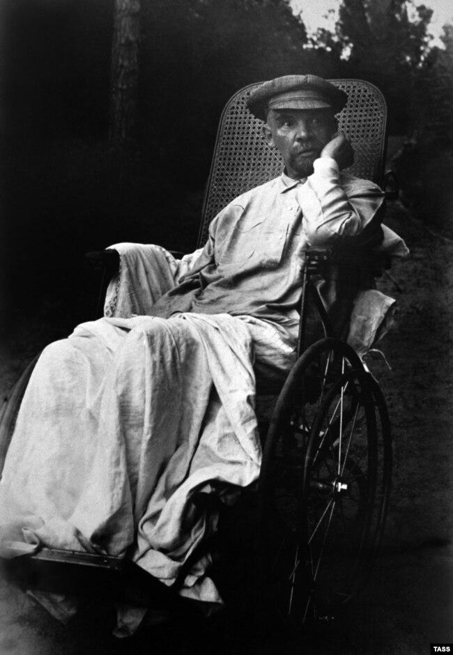 Владимир Ленин, Горки. 1923 год