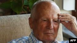 Кенан Эврен у себя дома, 4 сентября 2010
