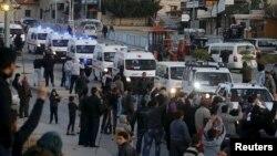 Конвојот со борците од сирискиот град Забадани.