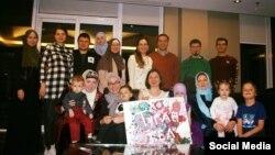 Туган тел кичәсендә Торонтодагы татар гаиләләре
