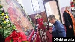 Новиот лидер на ВМРО-ДПМНЕ Христијан Мицкоски во црквата свети Петнаесет Тивериополски маченици во Струмица