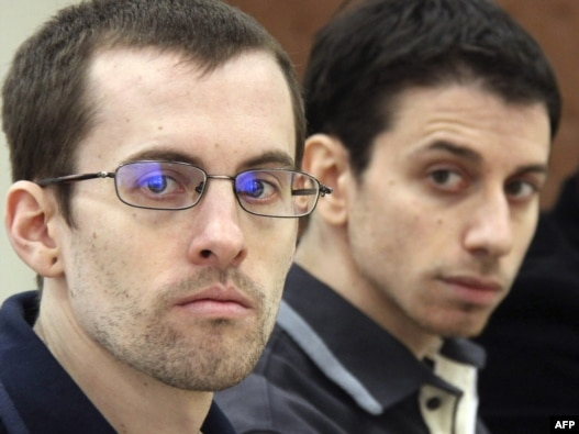 Shane Bauer (left) and Josh Fattal in a Tehran court in February