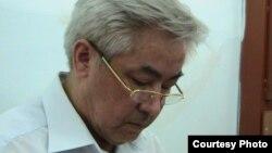 """Жалгас Бабаханов, бывший аким Жанаозена на суде. Фото предоставлено газетой """"Голос республики""""."""