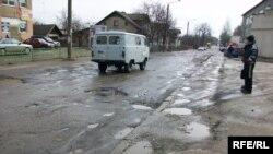 «Прекрасні» українські дороги. Мова «відпочиває»?..
