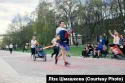 Дзьмітры Цімашкоў з дачкой Ліляй