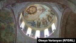 Слова Патриарха Кирилла о том, что Абхазия – это каноническая территория Грузинской православной церкви, породили опасения в обществе