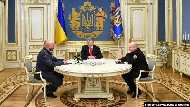 На зустрічі був присутниій секретар РНБО Олександр Турчинов (крайній праворуч)