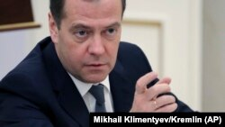 Рускиот премиер Дмитри Медведев