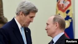 Джон Керри и Владимир Путин в Кремле, 2015 год