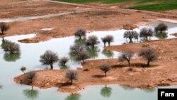 سد سیوند در هشت و نیم کیلومتری آثار دوران هخامنشی قرار دارد