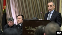 Досегашниот претседател Марјан Додовски ја напушти ВМРО-НП и се врати во ВМРО-ДПМНЕ.