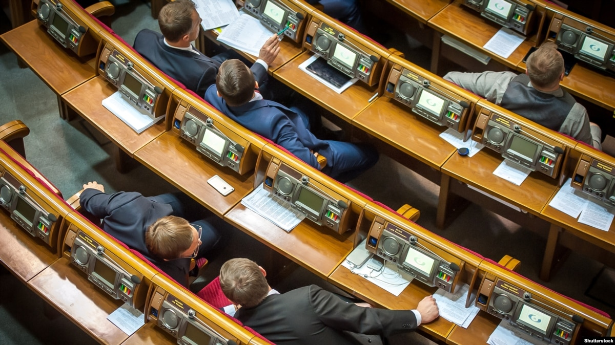 Парламент не поддержал попытку отменить принятый Избирательный кодекс