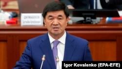 Өкмөт башчы Мухаммедкалый Абылгазиев.