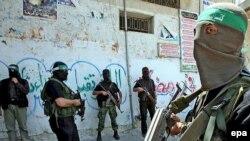 درگیری مسلحانه میان گروه های رقیب فلسطینی شمار زیادی کشته و زخمی برجای گذاشته است
