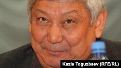 """""""ҚазМұнайГаз"""" ұлттық компаниясының президенті Ләззат Қиынов. Ақтау, 24 желтоқсан 2011 жыл."""