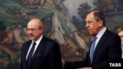 Министр иностранных дел Сергей Лавров (справа) и генеральный секретарь Организации по безопасности и сотрудничеству в Европе (ОБСЕ) Ламберто Заньер.