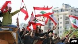 به گزارش رویترز رقبای سياسی لبنان، روز جمعه، نهم مارس به دومين روز مذاکرات خود برای حل بحران لبنان ادامه دادند.