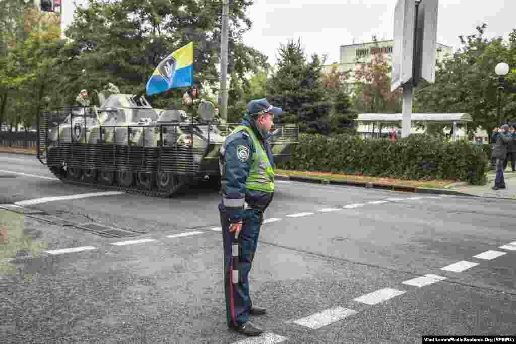 Під час маршу на центральній вулиці було перекрито рух громадського транспорту
