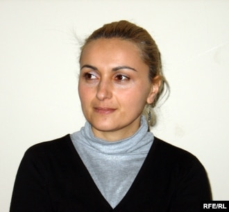 Тамара Меаракишвили считает, что суд принял политически мотивированное решение и это расплата за ее интервью радио «Эхо Кавказа», в котором она критиковала руководство Ленингорского района