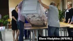 Губернаторские и муниципальные выборы в Петербурге, 8 сентября