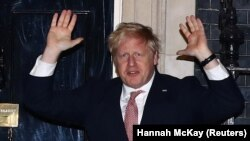 Londonda virus yuqtirib olgan bosh vazir Boris Jonson (suratda) tibbiy tekshiruvdan o'tish uchun shifoxonada tunadi.