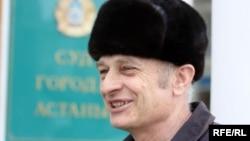 Антон Фабрый, заңгер. Астана, 13 сәуір 2010 жыл.