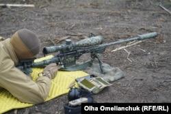 На работу снайпера очень влияют погодные условия. Иногда операцию может сорвать даже легкое дуновение ветра