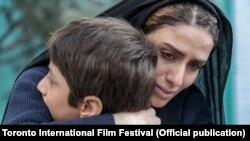 نمایی از فیلم «پسر-مادر» مهناز محمدی
