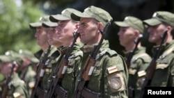 Военнослужащие Южной Осетии. Цхинвали, 5 июля 2015 года.