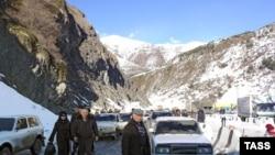 В Южной Осетии разразился скандал, связанный с задержкой грузов на таможенном посту «Нижний Зарамаг»