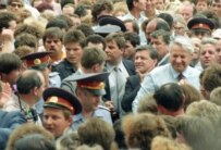 Yeltsin going to vote in Russia's first-ever presidential election in June 1991 (TASS)