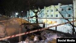 Раскопанная теплотрасса в районе улицы Пограничой в Петропавловске-Камчатском, где погибли дети – фото Kam24