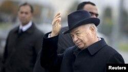 Özbek prezidenti Yslam Kerimow
