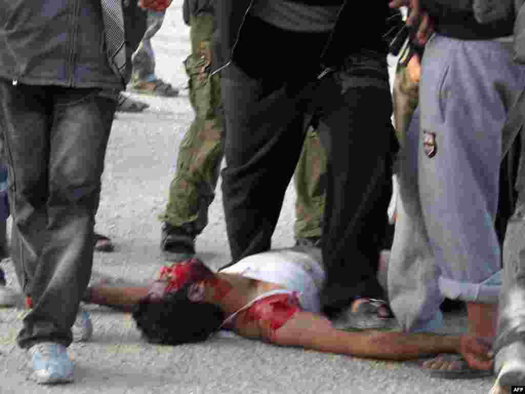 Sukobi u Sinaiu, udaljenom oko 344 kilometra sjeveroistočno od Kaira, 27.01.2011. Foto: AFP