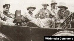 Major General Lionel Dunsterville(far left) And Staff Of Dunsterforce