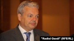 Belgian Foreign Minister Didier Reynders attends a press conference in Dushanbe on May 4.