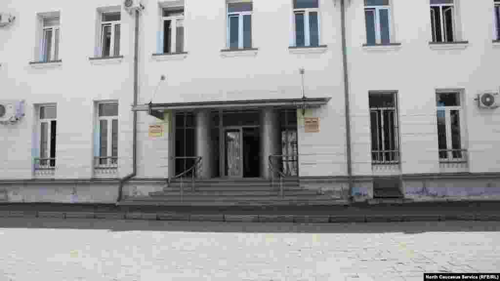 Северная Осетия гордится своими паралимпийцами, но в министерство физической культуры и спорта республики можно войти только на двух ногах